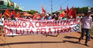 Más de 150 instituciones y personalidades democráticas expresan su apoyo a Liga de Campesino Pobres de Brasil (LCP)